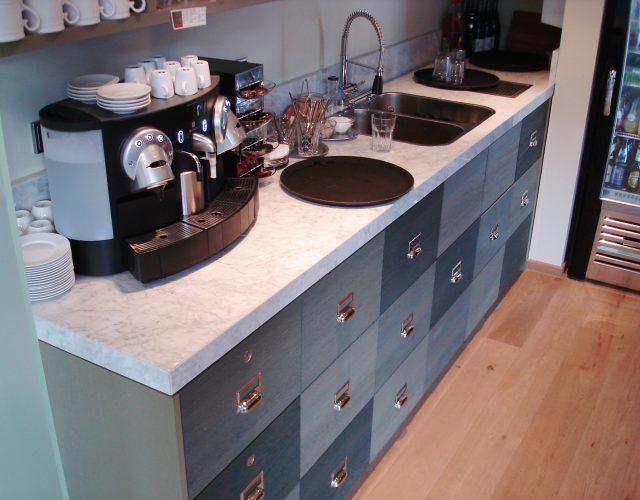 Einbauküche Küche Arbeitsplatte Maßanfertigung Holz Flächenbündig Küchenbau Tischler
