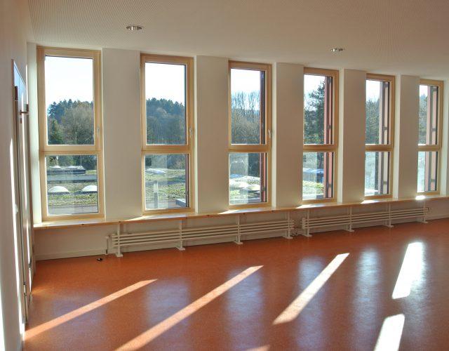 Kita Bank Mehrzweckraum Fenstersitzbank Sitzbank